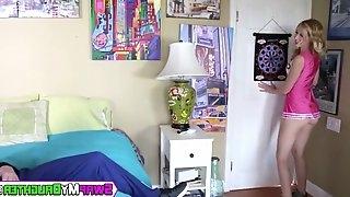 Slutty teen cheerleader bouncing on hard older cock