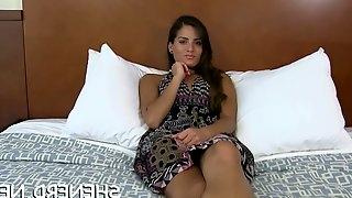 Appealing brunette maid inna fucks