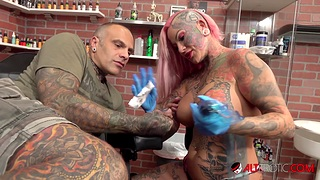 Heavy titty Evilyn Ink tattoos Sascha then gets fucked
