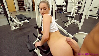 Hot ass engrave Jill Kassidy works out and gets fucked in the gym